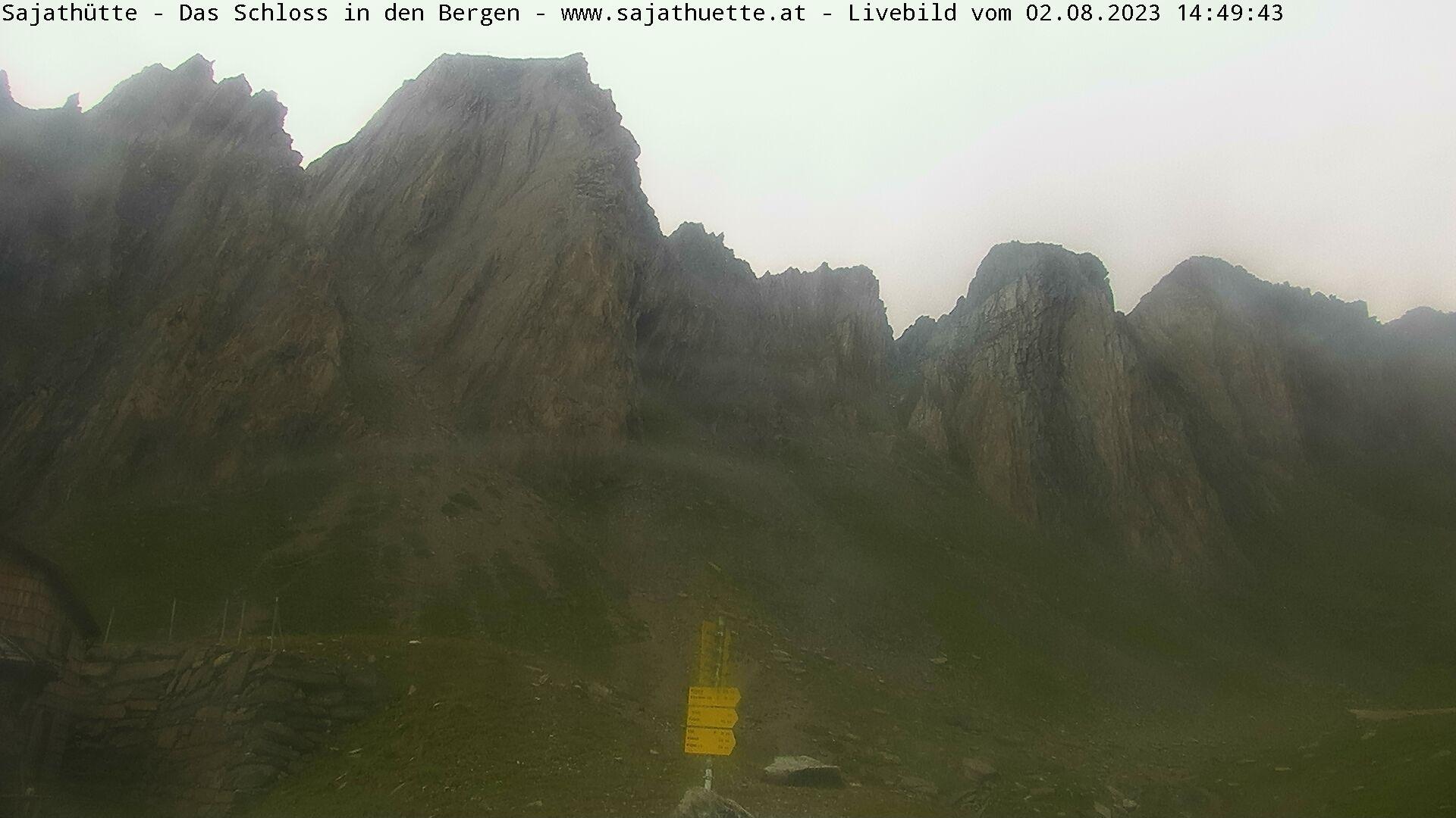 Webcam Blick Richtung Rote Säule | Neue Sajat-Hütte 2.600 m