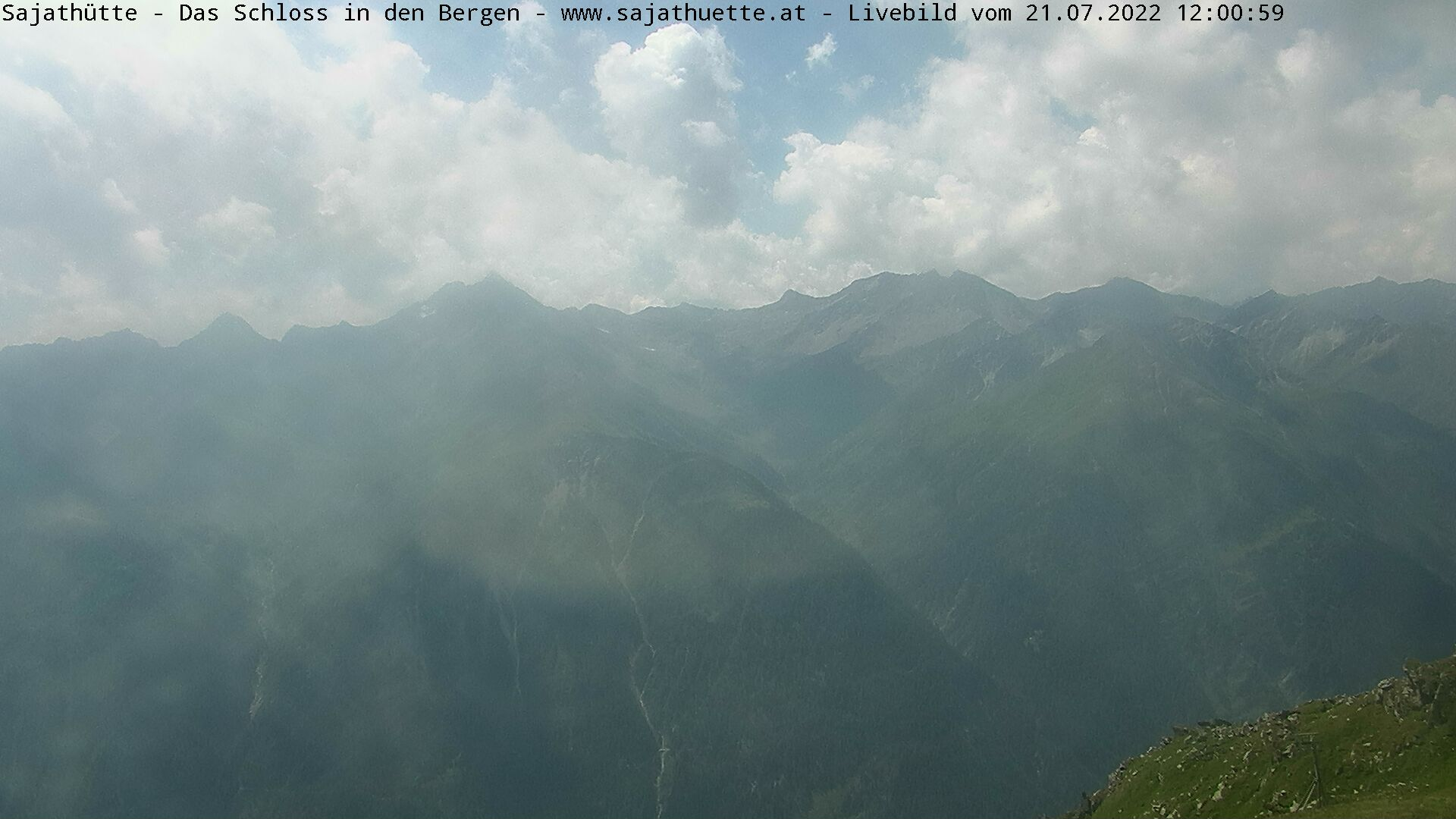 Webcam Blick Richtung Lasörlinggruppe (Süd)   Webcam Sajat-Hütte 2.600 m