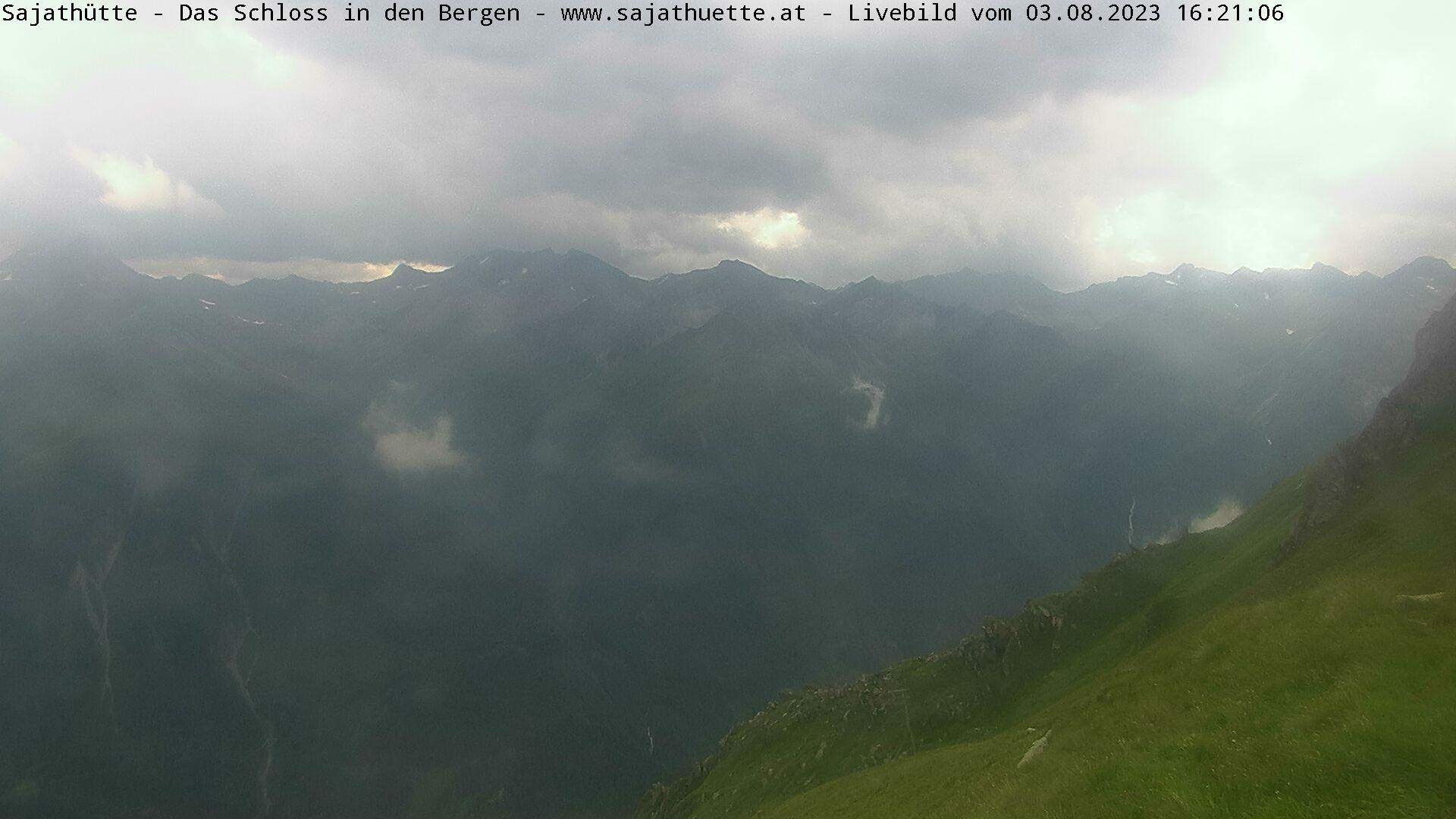 Webcam Blick Richtung Lasörlinggruppe (Süd) | Webcam Sajat-Hütte 2.600 m